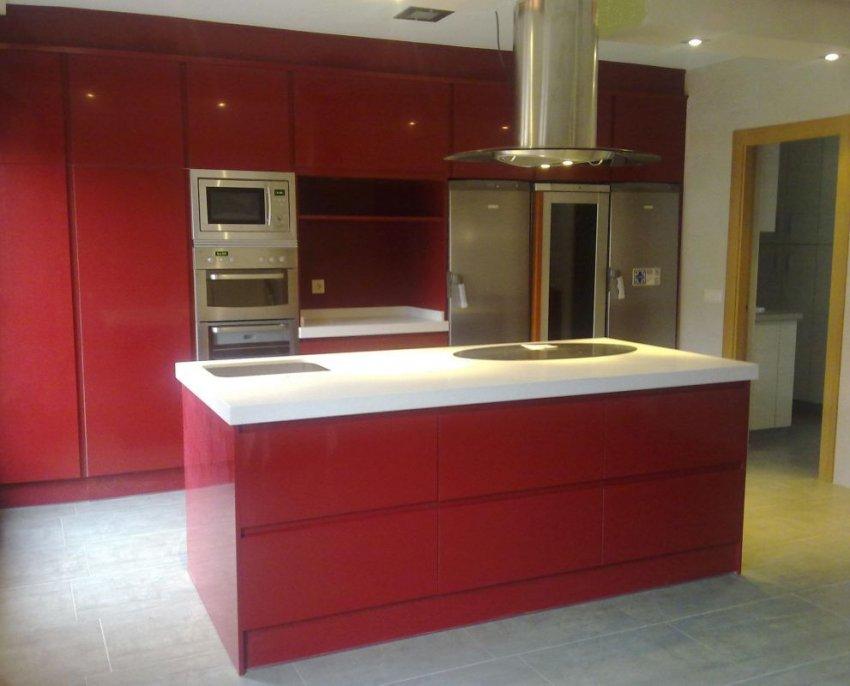 Cocina lacada rojo mate 20 muebles los pepotes - Muebles los pepotes ...
